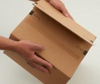 System-Versand-Transportkarton mit progressBOX Boden, Superflap und Selbstklebeverschluß und Aufreißfaden - 1-wellig, 284x284x187 mm, Braun